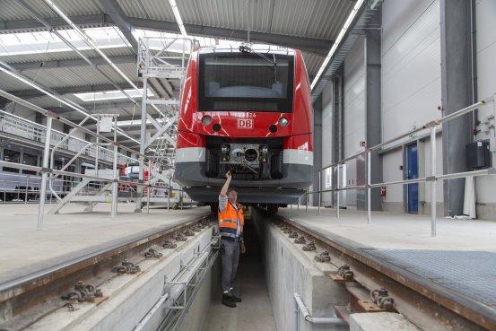 西门子与阿尔斯通合并铁路业务 抗衡中国中车